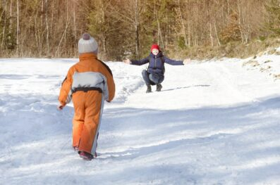 Best Insulated Bib Overalls In 2021 (Family Buying Guide)