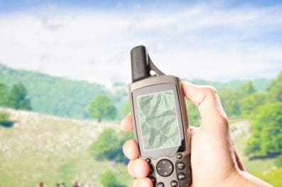 Smartphone Vs. GPS: Which One to Choose for Hiking?