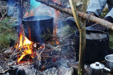 A Guide to Making a Cooking Campfire